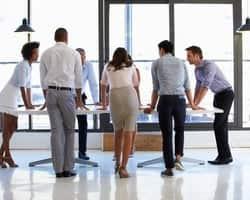 なぜチームが回らないか?メンバーを動かしてチーム力を向上させるマネジメントのコツ