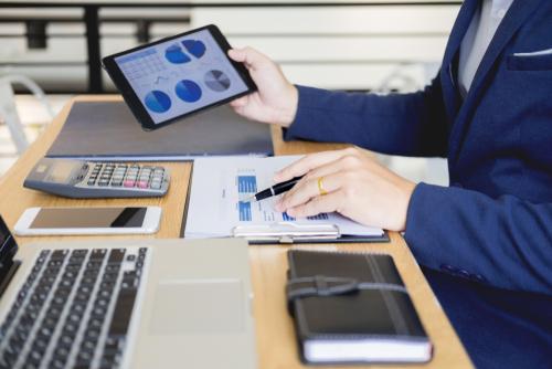 規模によって異なる会計事務所のタスク管理とリスクマネジメントの考えの違い