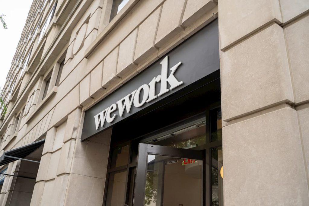 WeWorkのオフィスの入り口